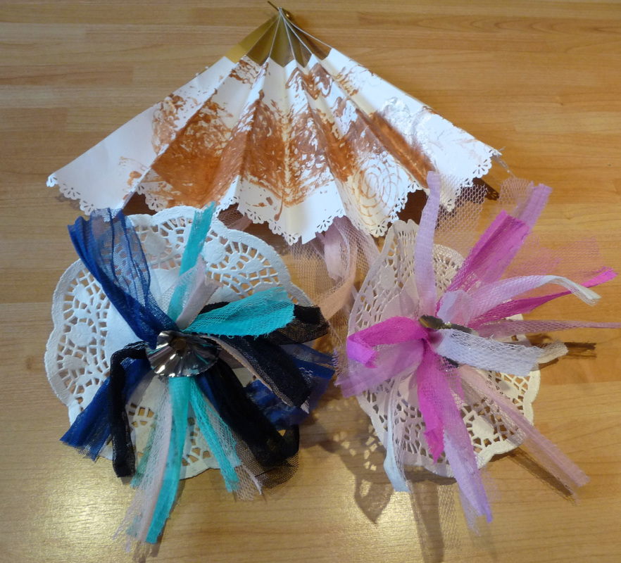 Elizabethan crafts: decorative fan and shoe pom-poms